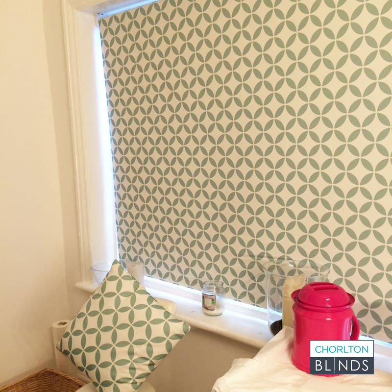 Bespoke-patterned-blind-beauty-parlour-Manchester